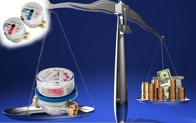 Весы деньги и счетчики на воду