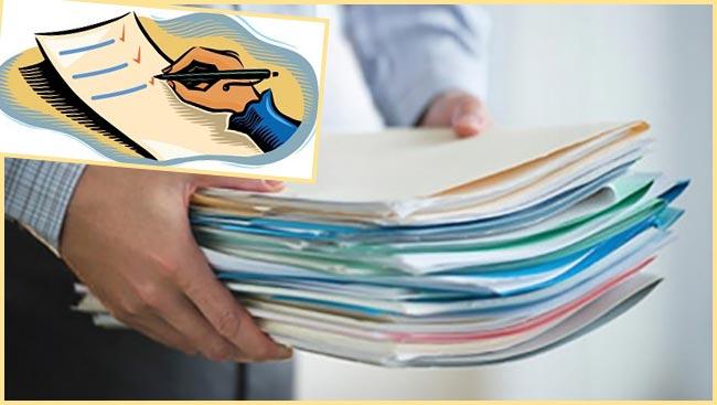Список и стопка документов