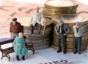 Пенсионеры накопили